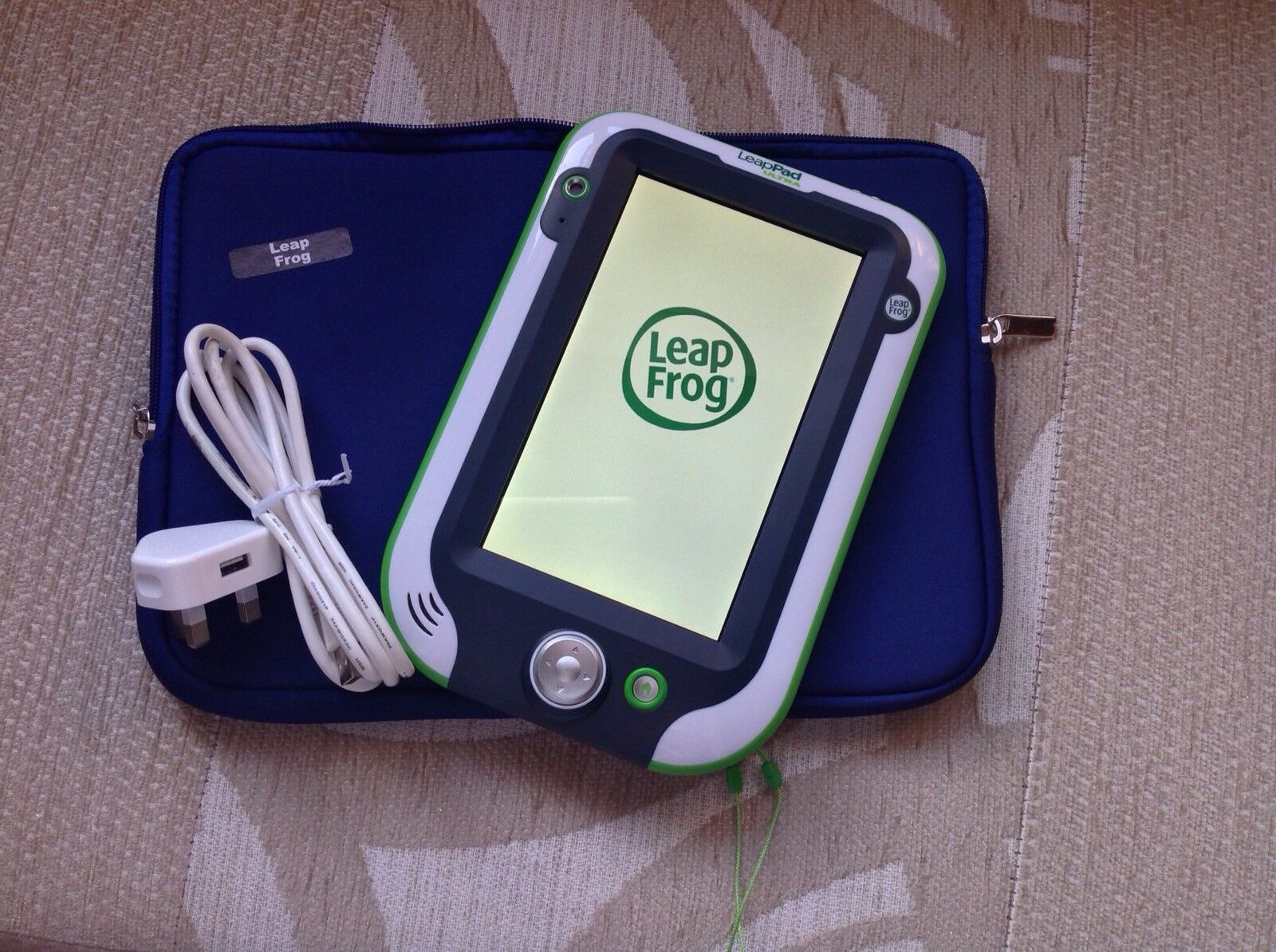 Leapfrog Leappad Ultra Choose Bag Colour bluee Or Pink. charger Cable..
