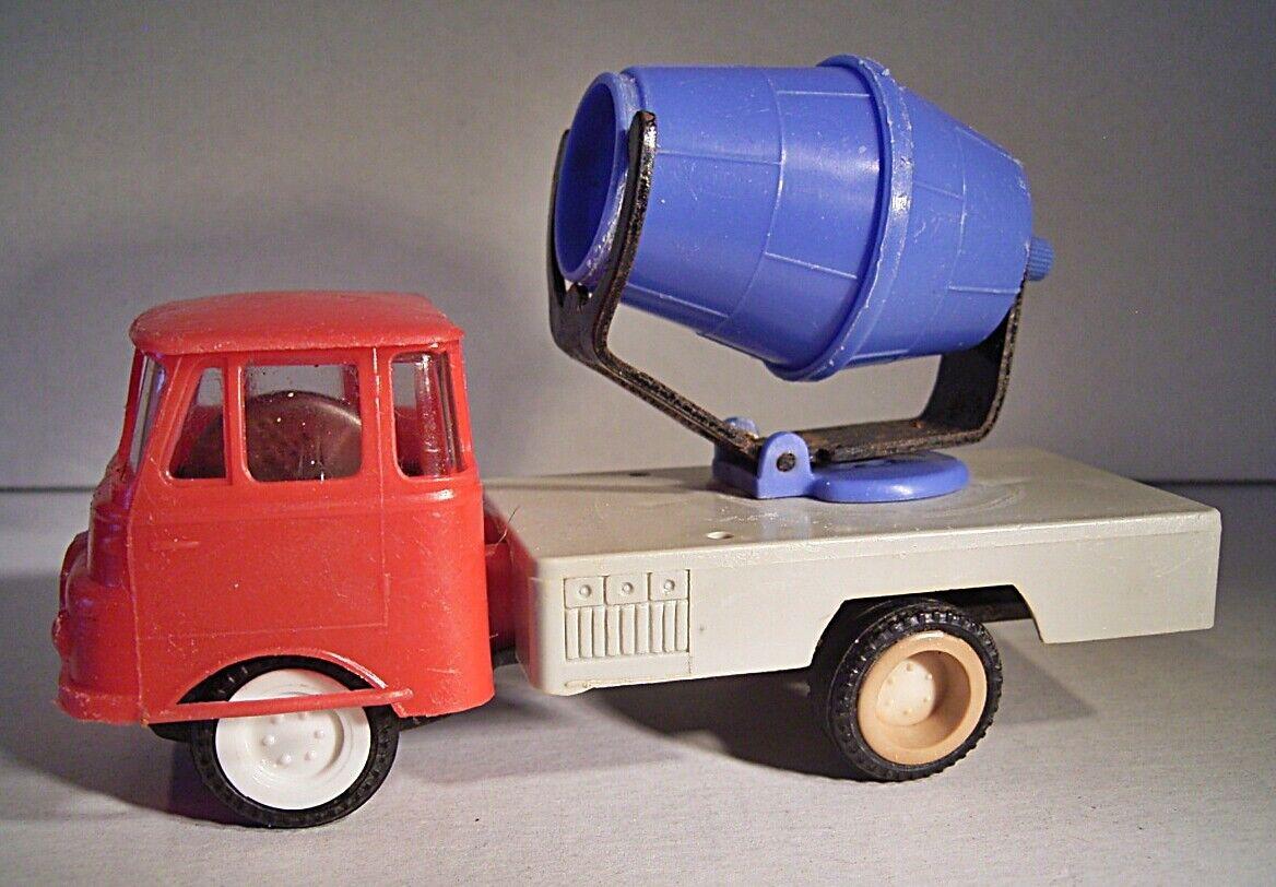 02 252 MSW Grip  Robur LO 2500 Ciment Mixeur (cabines Rouge tambour bleu)...