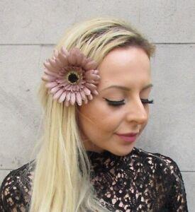 Daisy Flower Hair pins,Wedding,Prom,Festival,Flower girl,Purple,Lilac,Ivory