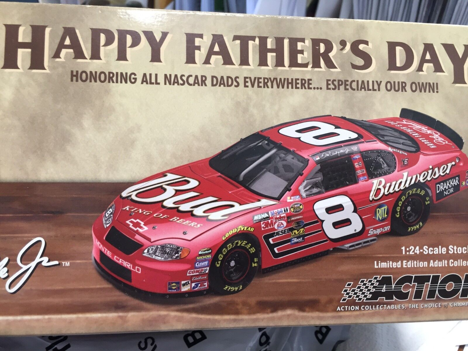 1 24 ACTION Dale Earnhardt Jr.  8 Budweiser Fathers Day 1 of 46884