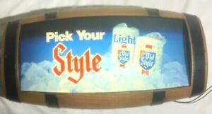 Vintage-OLD-STYLE-Lighted-3-D-Barrel-Beer-Bar-Sign-Works-Great