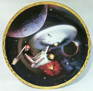 """STAR TREK USS Enterprise NCC-1701 - 8"""" Plate """"The Voyagers"""" Collection 1993"""