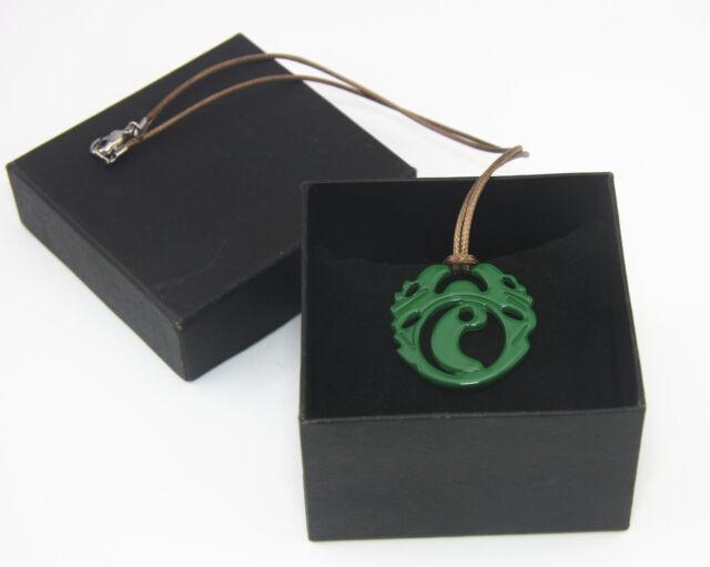 "Lara Croft Tomb Raider Cool Necklace Green 1.5"" Pendant Rare Great Gift"