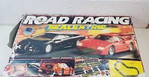 VINTAGE-CON-ROAD-RACING-Scalextric-pista-con-auto-pista-extra-non-incluse
