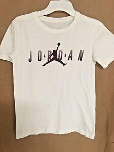 0708e01f60f3 EUC Jordan Big Boys Graphic-Print T-Shirt Size S White Purple ...