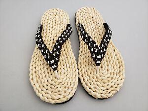 Sandalen aus Maisstroh / Stroh, Zehentrenner, Schuhe