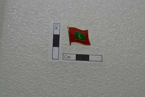 Maldives Flag Lapel Badge Pin 13