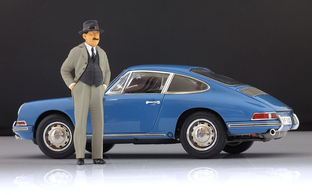 Ferdinand Porsche Figure for 1 18 AutoArt 356 550 VERY RARE