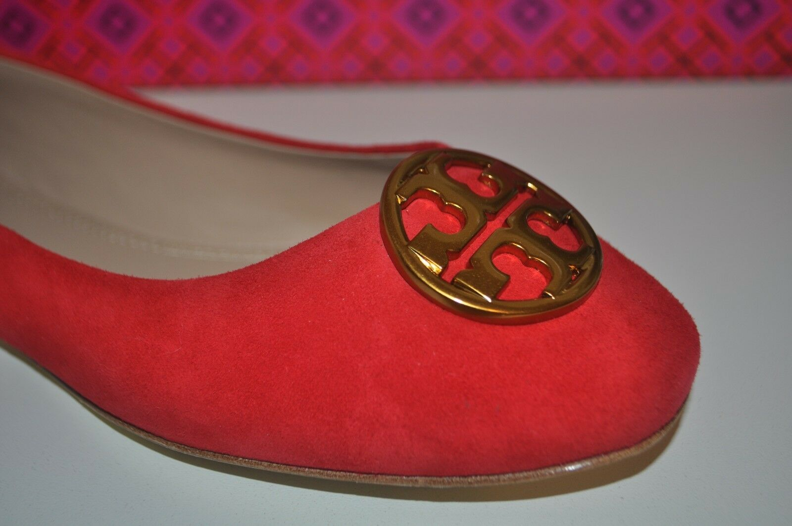 NIB Tory Burch CHELSEA Liberty RED Suede Ballet Flat shoes gold Logo Sz 8.5 M