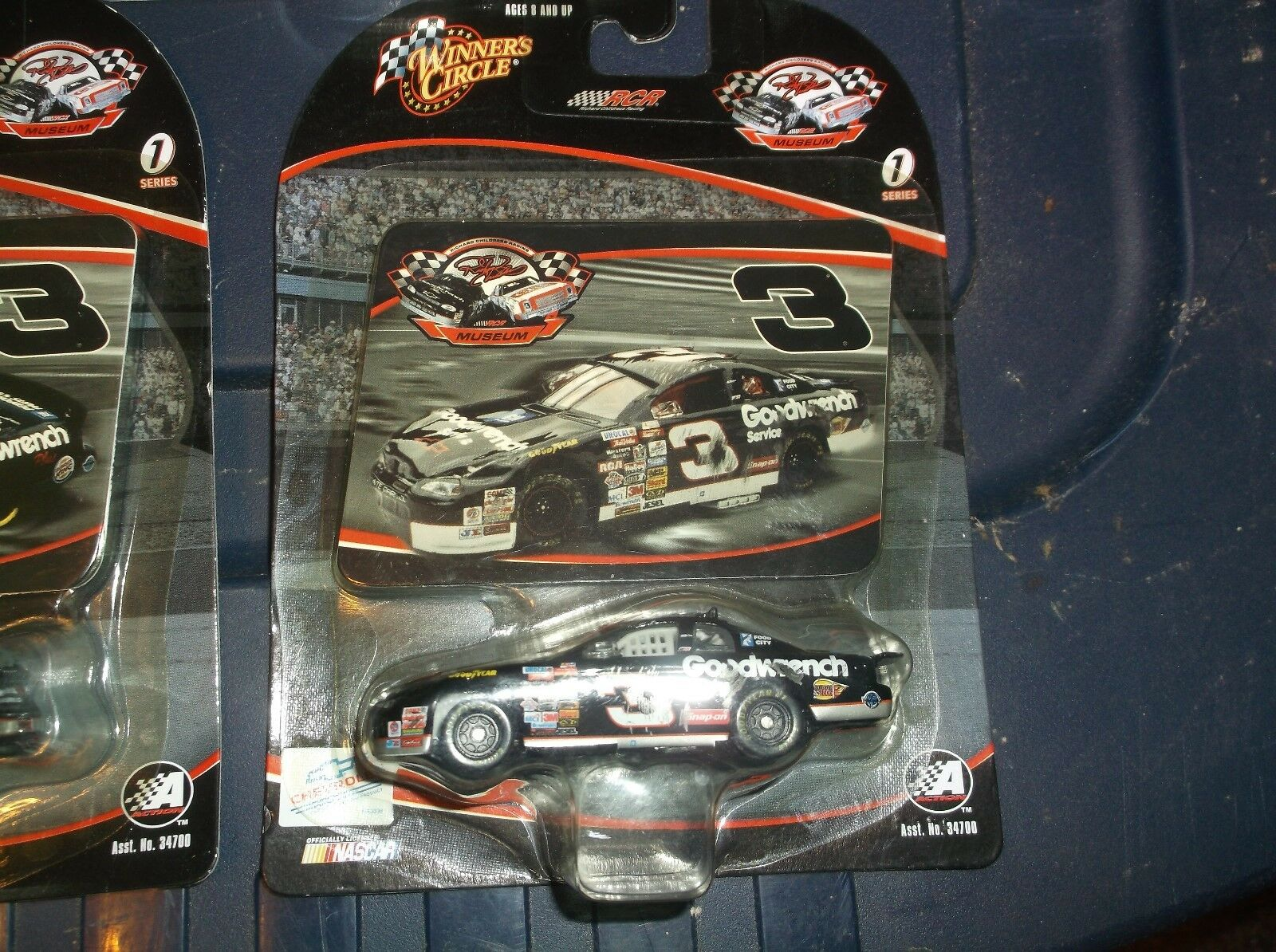LOT OF 8 DALE EARNHARDT RCR MUSEUM COLLECTION SERIES 1 8 9 1 64TH SCALE WITH CRA