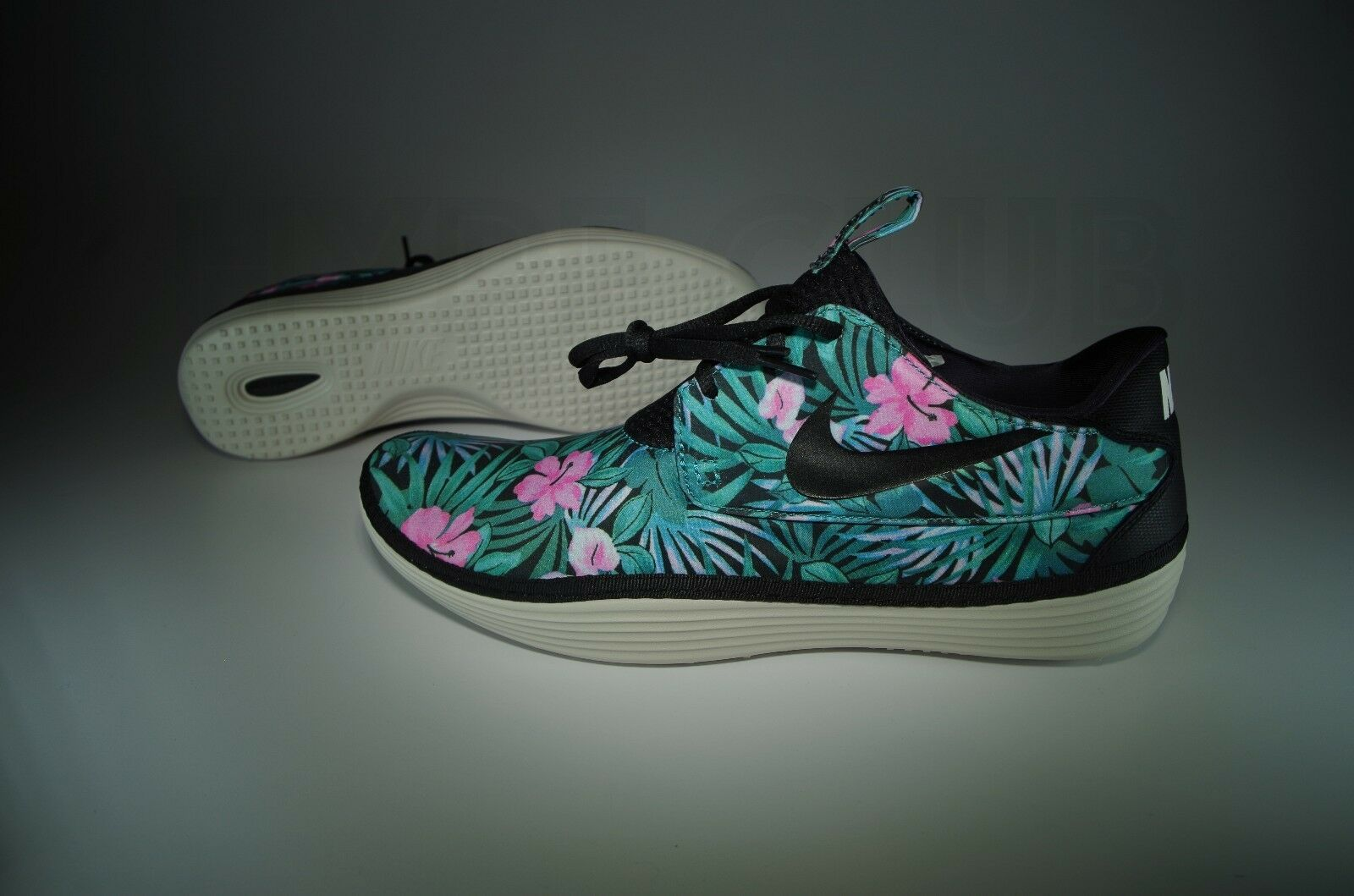 BRAND NEW NIKE SOLARSOFT MOCCASIN SP FLORAL HAWAIIAN SIZE 11 BLACK WOVEN YEEZY