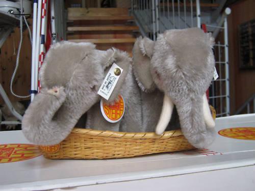 Steiff Arche Elefantenpaar  mit BeiStiefel