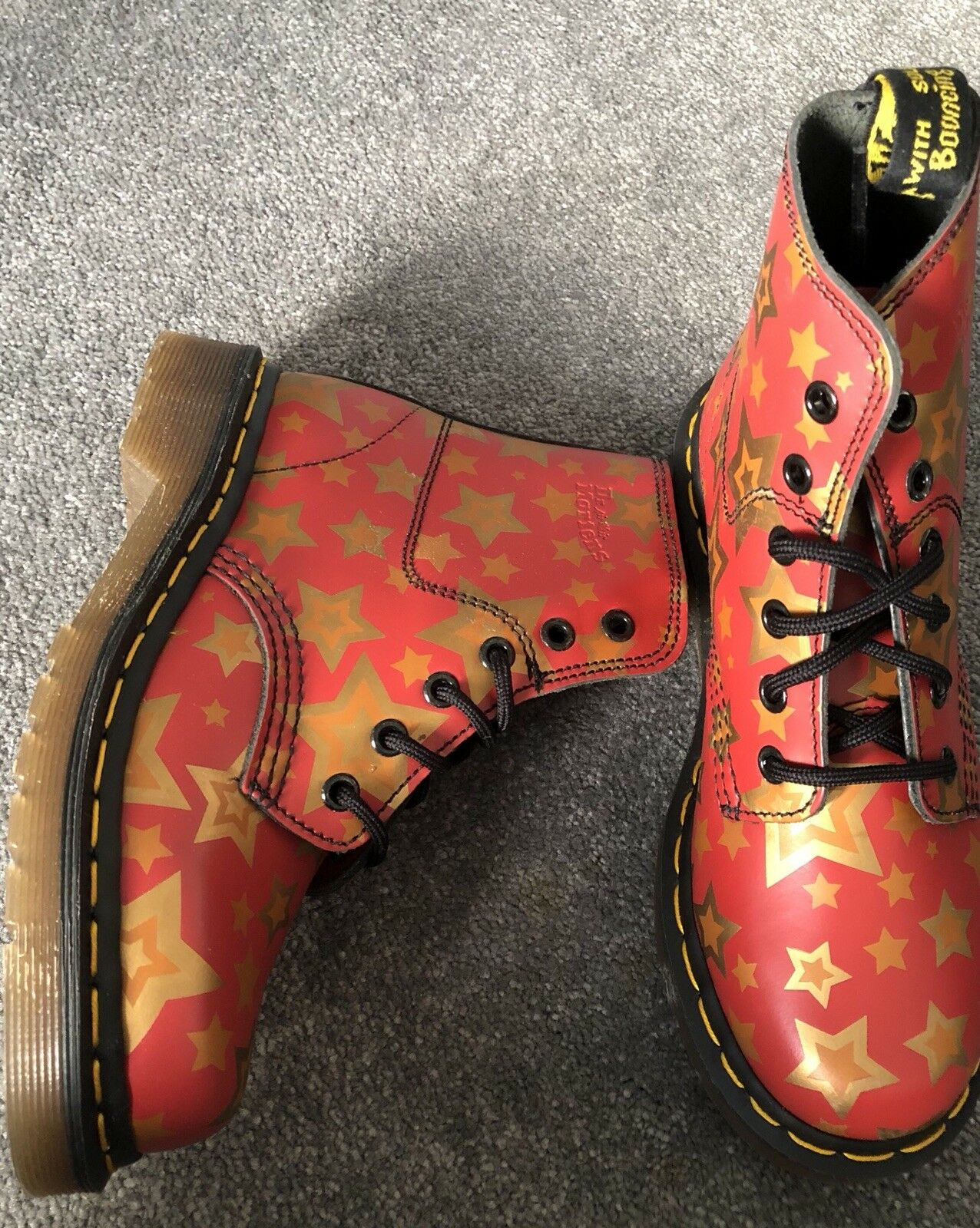 Ladies Dr Marten Red Star Leather Boots 8175 New Without Box Size 3 36