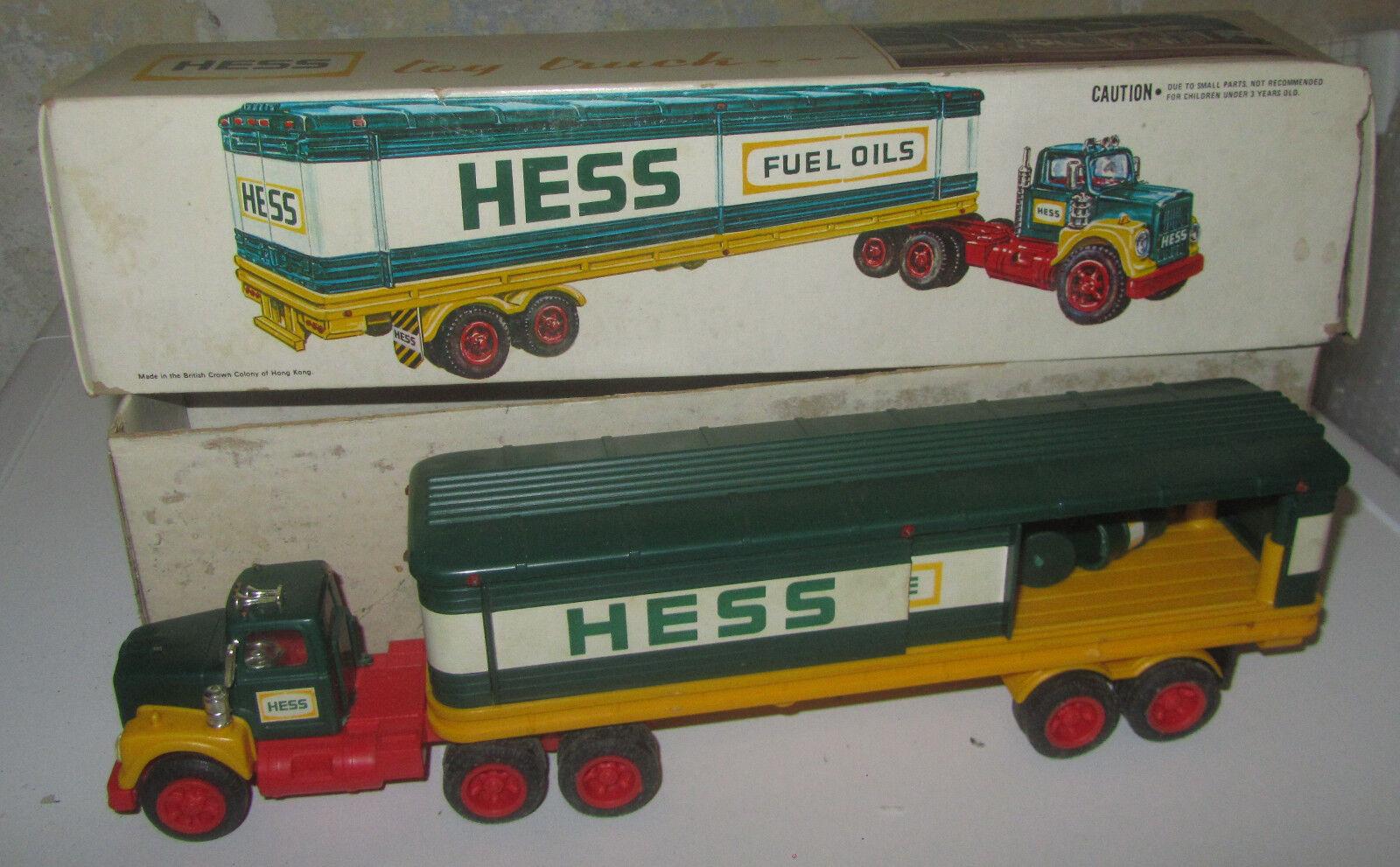 Camion Cisterna AMERADA HESS TOY TRUCK TANKER FUEL OILS Vintage