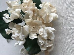 Vintage-Millinery-Flower-1-1-2-034-Ivory-Double-Violets-Bouquet-As-IS-German-ZM