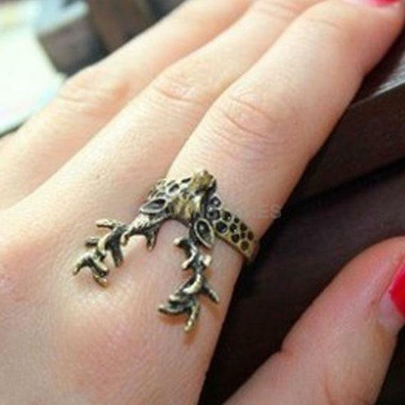 Vintage Retro Gothic Punk Style Ladies Bronze Sika Deer Finger Ring Jewelry hv2n