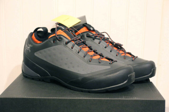 New NWT Men's Arc'teryx Acrux FL Approach Shoes