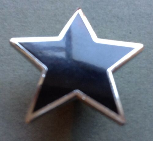 Silver coloured finish Black star pin badge Bowie Anarchy Witchcraft Occult