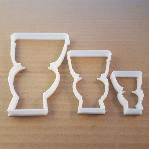WC toilettes salle de bains avec C Forme Cookie Cutter Pâte Biscuit Pâtisserie Fondant Sharp