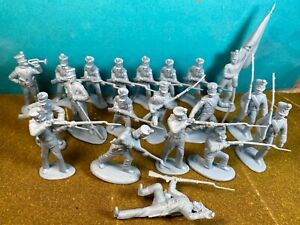 Classic-Toy-Soldiers-54mm-Alamo-Mexicans-Shako-hats-1-32-plastic-fit-Marx-Conte