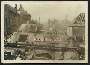PHOTO-WW2-1940-TANK-BLINDE-CHAR-PANZER-S35-SOMUA-RUINES-DESTRUCTIONS-PUB-BYRRH