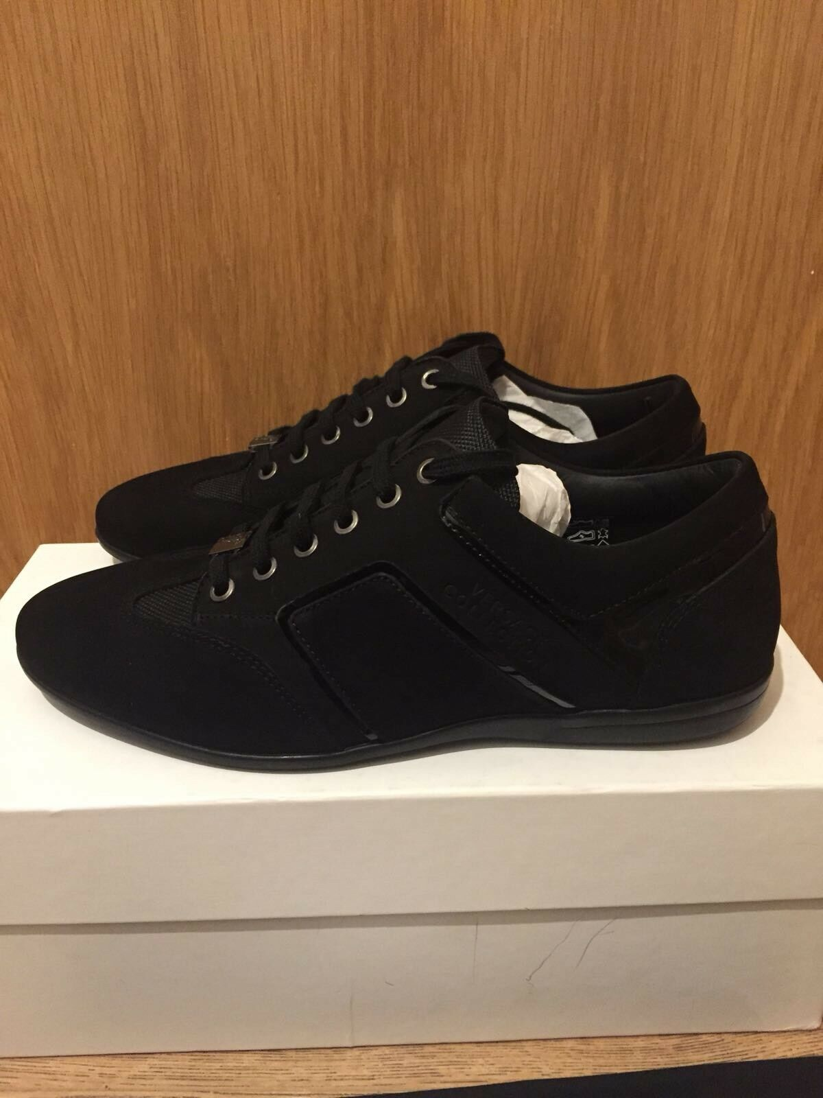 Versace Collection nera in pelle di nabuk Ritaglio Logo Tg Tg Tg  EU 41 a960d5