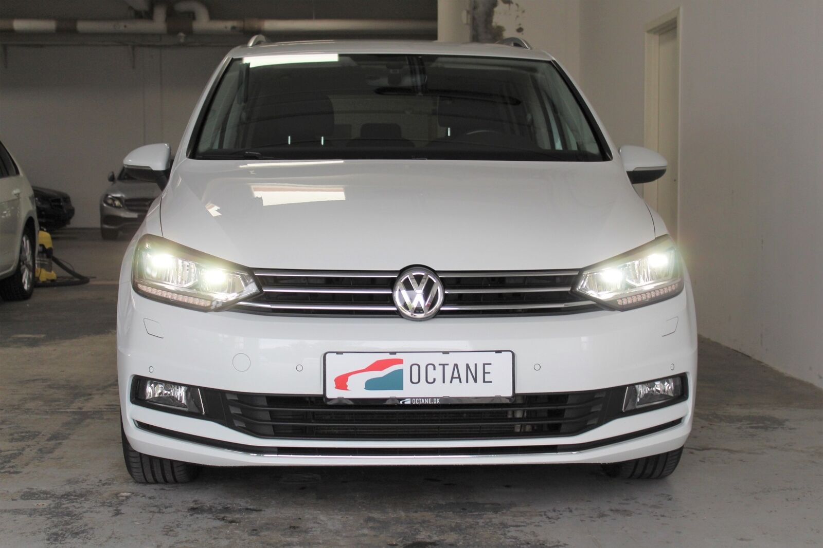 VW Touran 1,8 TSi 180 Highline DSG 7prs 5d - 299.900 kr.