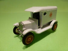 EFSI HOLLAND T-FORD 1919 - AMBULANCE - WHITE 1:65? - VERY GOOD
