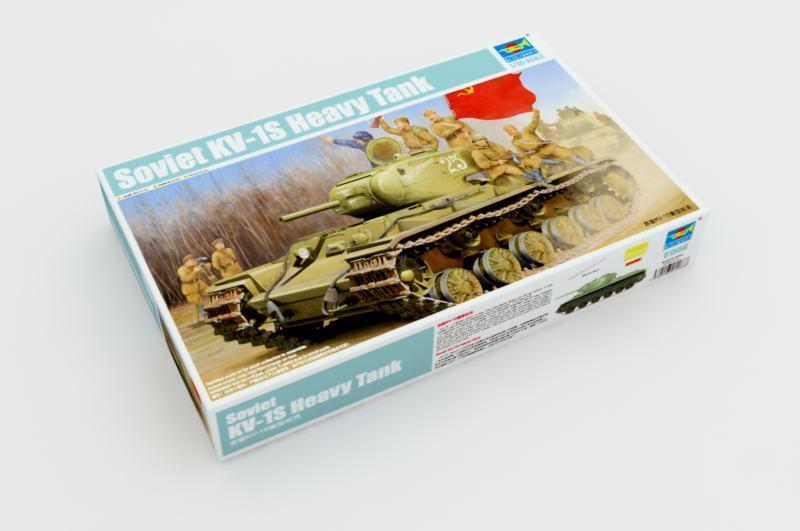 01566 Trumpeter Soviet KV-1S Heavy Tank Static Model Kit Battle Military 1 35