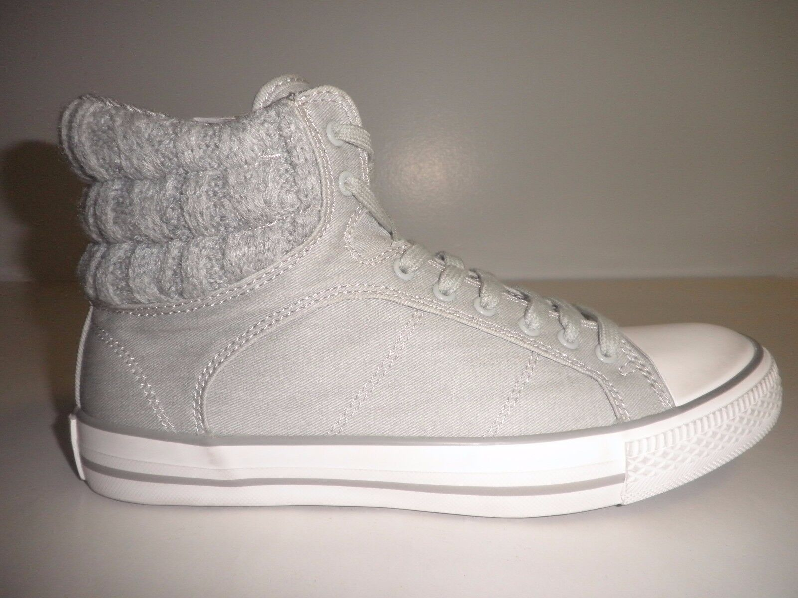 Splendid Size 7.5 M ESSEX  Grey Fashion Sneakers New Womens shoes