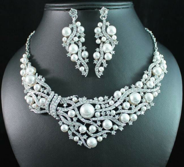 FANCY AUSTRIAN RHINESTONE WHITE PEARL BIB NECKLACE EARRINGS SET BRIDAL N1708