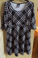 Motherhood Maternity Black/white Plaid Dress 3/4 Sleeves Size Medium -