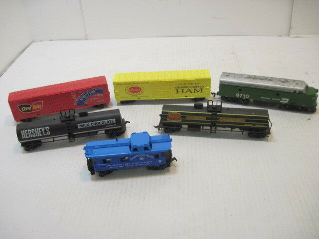 OLD 6 TYCO TRAIN CARS WORKS HO SCALE R.R.