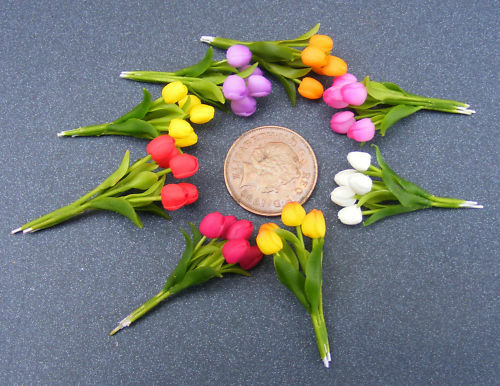 1:12 Scale Bunch Of 5 Handmade Tulip Flowers Tumdee Dolls House Miniature Garden