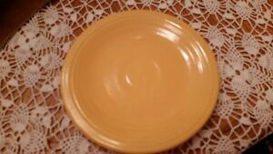 Image is loading VINTAGE-FIESTA-WARE-H-L-C-YELLOW-GOLD-6-1- : fiestaware pie plate - pezcame.com