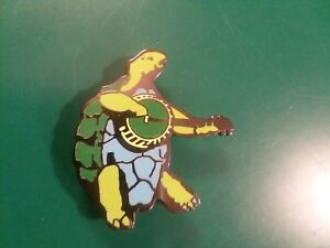 Grateful Dead banjo playing turtle lapel hat pin hippie dead head terrapin