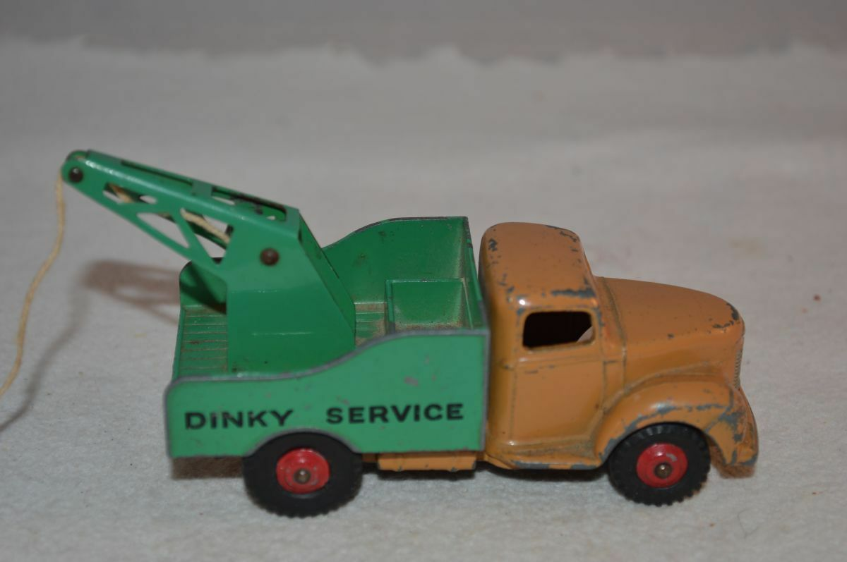 Dinky Toys 430 Commer in good played with with with original condition f39c47