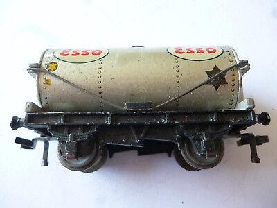 """Hornby Dublo Petrol Tank Wagon D1 """"esso"""" Silver Gauge Oo With Box"""