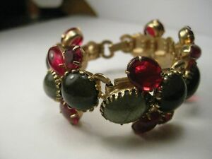 Vintage-Gold-Tone-Art-Deco-Jelly-Bracelet-Wide-Red-and-Green-Oval-Round