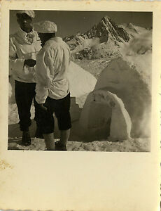 PHOTO-ANCIENNE-VINTAGE-SNAPSHOT-MILITAIRE-CHASSEUR-ALPIN-SKI-MONTAGNE-IGLOO-5