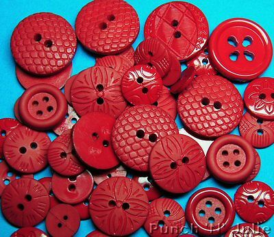 Color Me... RED Christmas Valentine's Day Round Dress It Up Sewing Craft Buttons