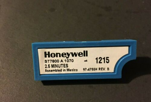 ***NEW*** Honeywell ST7800A1070 Purge Timer 2.5 minutes  *FACTORY BOX*