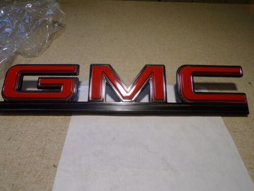 NEW GMC Emblem Badge For G-Series Van 14052254  *FREE SHIPPING*