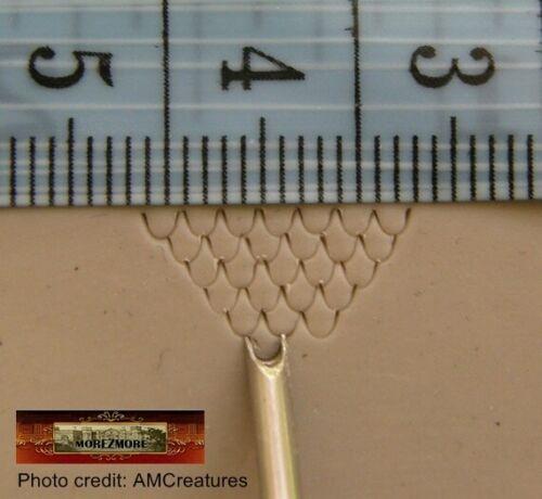 M00562 MOREZMORE AMC 2mm Mermaid Tail Dragon Scales Sculpting Clay Tool