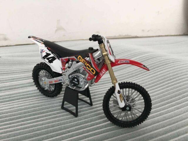 Honda CRF450R NO 14 Geico Motorcycle Model Toy 1:12