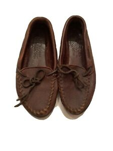 Minnetonka Driving Moccasin Men Size 6-6.5 Full Grain Dark Brown Leather
