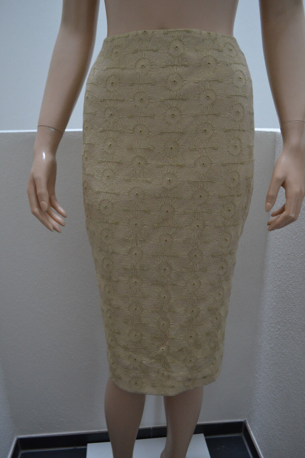 Wolford Gold Lace Rock Rock 38