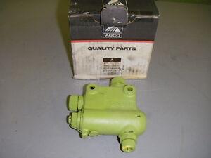 En Herbe Agco 6575616-5 Hydraulique Hma Valvule