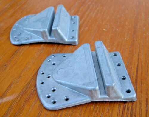 NOS PAVARIN Extra Deep Nail On Alloy Shoe Cleats- Erocia Alloy Patent 1971!
