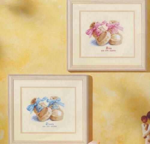 Stickpackung Stickbild sticken 19x16 cm Babyschuhe Baby Geburt Junge Mächen Kind